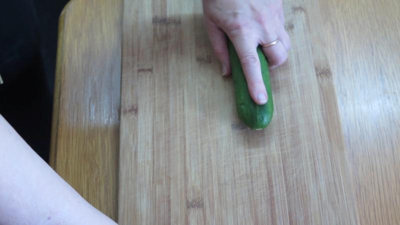 Fingerposition beim Schneiden